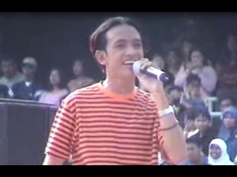 (Part 1) Tomok (Newboyz) - (2001) Sentosa Water Fountain Amphitheatre