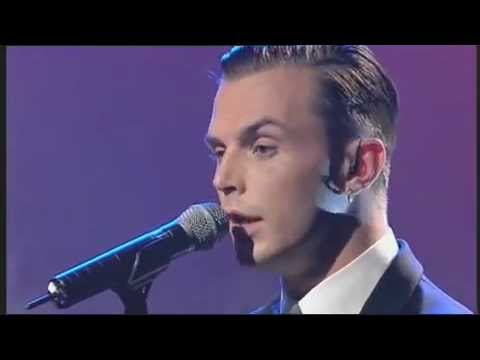 Hurts - Wonderful life (live GMTV).mp4