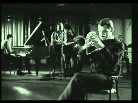 Клип Chet Baker - Time After Time