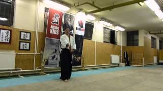 migi nagare kaeshi tsuki - jo [TUTORIAL] basic Aikido weapon technique