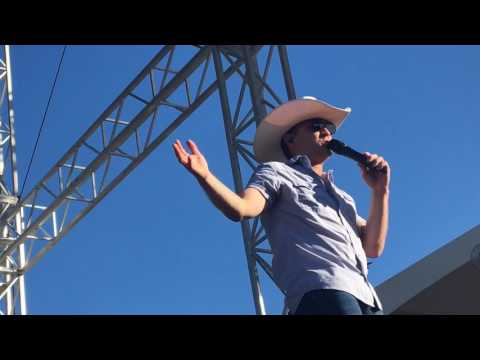 Justin Moore : Somebody Else Will