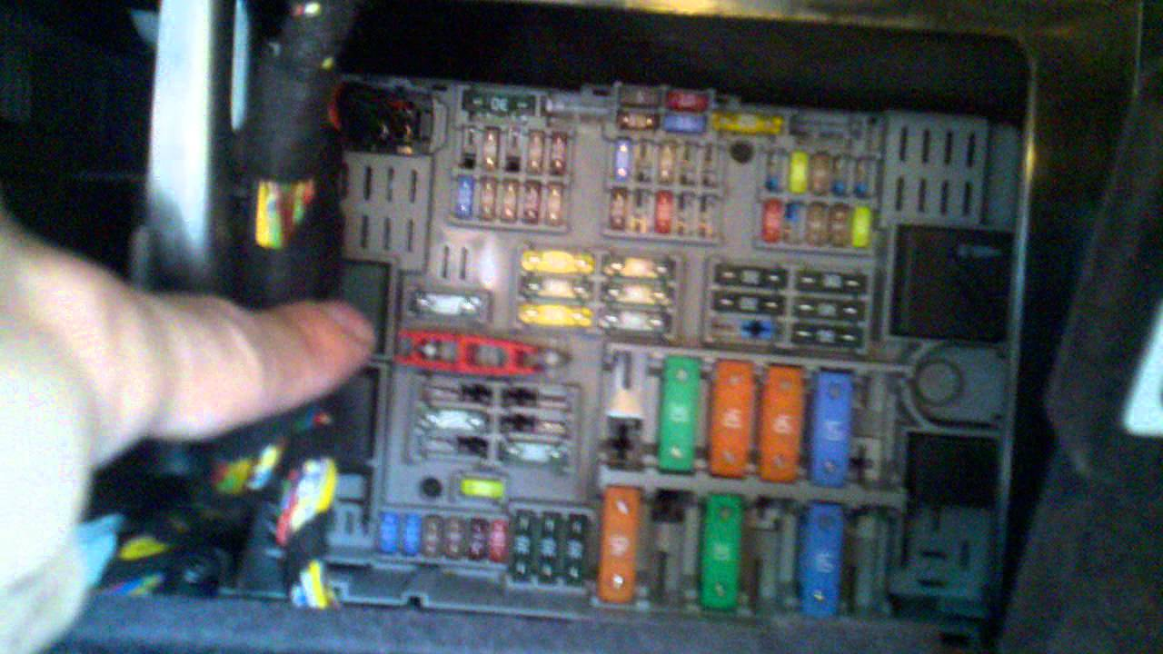 Maxresdefault on 2006 Bmw E90 Fuse Diagram