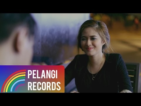 Pop - Teguh Permana - Tak Bisa Menggantimu (Official Music Video)