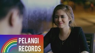Video Pop - Teguh Permana - Tak Bisa Menggantimu (Official Music Video) download MP3, 3GP, MP4, WEBM, AVI, FLV Agustus 2018