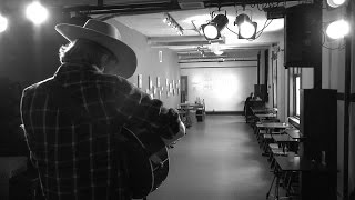 An Empty Room with Colter Wall -