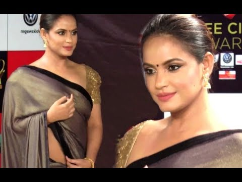 Neetu Chandra Hot Assets Show At Zee Cine Awards 2018