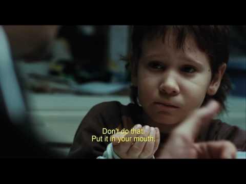 Biutiful (2010): Dinner with children - Uxbal, Ana, Mateo