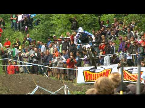 DHI Champery@2010 UCI MTB World cup .mpg