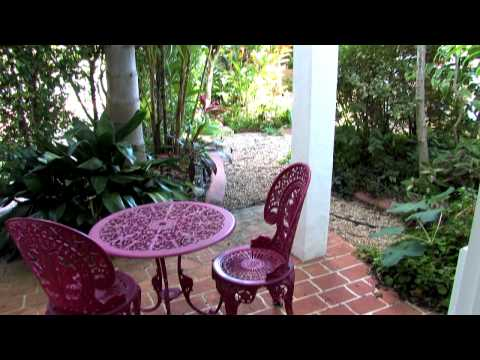 Tin Can Bay: Seychelles Holiday Apartments for Sale