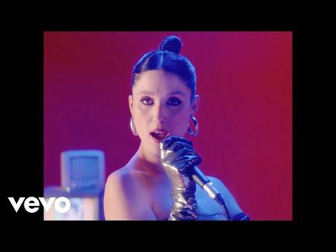 Francisca Valenzuela - Castillo de Cristal (Video Oficial)