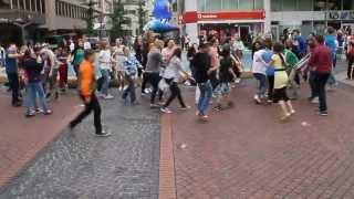 Flashmob in Duisburg Stadt-Mitte am 22.06.2013