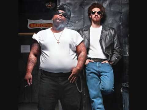 Gnarls Barkley - Run ( Full Version ) HQ