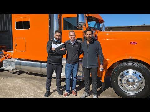 Custom Order – Harry Toor Omaha Orange Peterbilt 389 Dual Revolution Lights