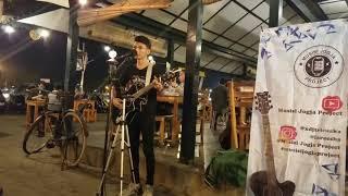SERAM, Nyanyikan lagu Kekasih bayangan, benar ada bayangan aneh di menit 1:20 | Musisi Jogja Project