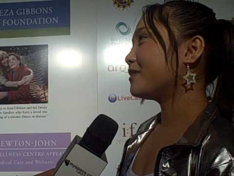 Charice Pempengco w' Sulinh Lafontaine MySpace Celeb host red carpet Oscar Night Leeza Gibbons Travel Video