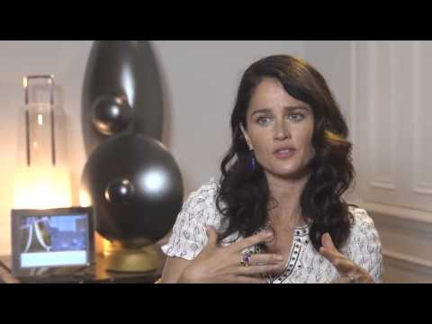 ▶ ‪ Robin Tunney interview ‬‏