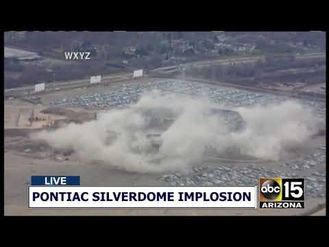 NOW: COLLAPSE! Pontiac Silverdome implosion in Detroit, Michigan