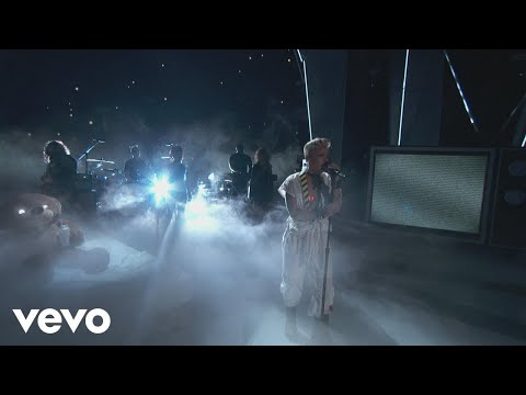 "P!nk - ""What About Us"", ""Raise Your Glass"", & More! (2017 MTV VMAs)"