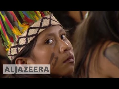 Pope Francis defends indigenous groups in Peru 🇵🇪