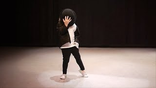 3 years old dancing michael jackson billie jean