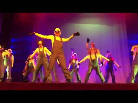 Minions | Dance Up Studio | Coreografía De Esteban Hernández | Rey Blanco