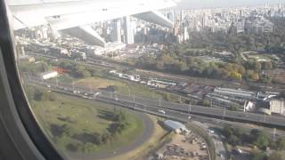 Baixar Takeoff from Buenos Aires Jorge Newbery Airport, Argentina - May 13, 2015