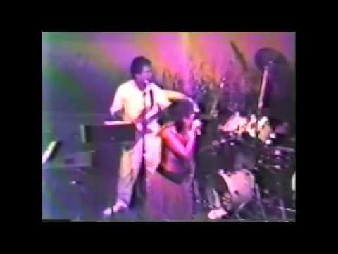 Vicki Sue Robinson Live 1986