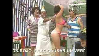 Repeat youtube video LOS BAILES ARRECHOS DE FATIMA SEGOVIA
