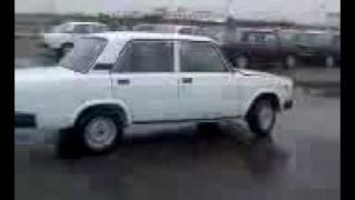 Стоянка новых автомобилей ВАЗ