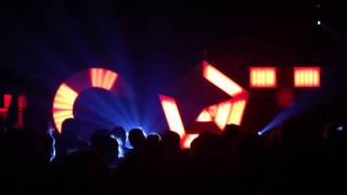 Com Truise - Declination (live)