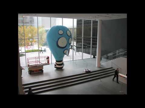 Behind the Scenes: Tim Burton: BALLOON BOY