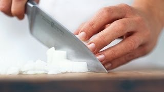 Wood vs. Plastic Cutting Boards | Ask the Expert