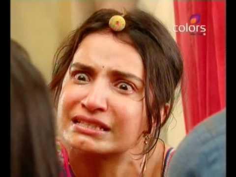 Balika Vadhu - Kacchi Umar Ke Pakke Rishte - July 27 2011 - Part 1/3 thumbnail