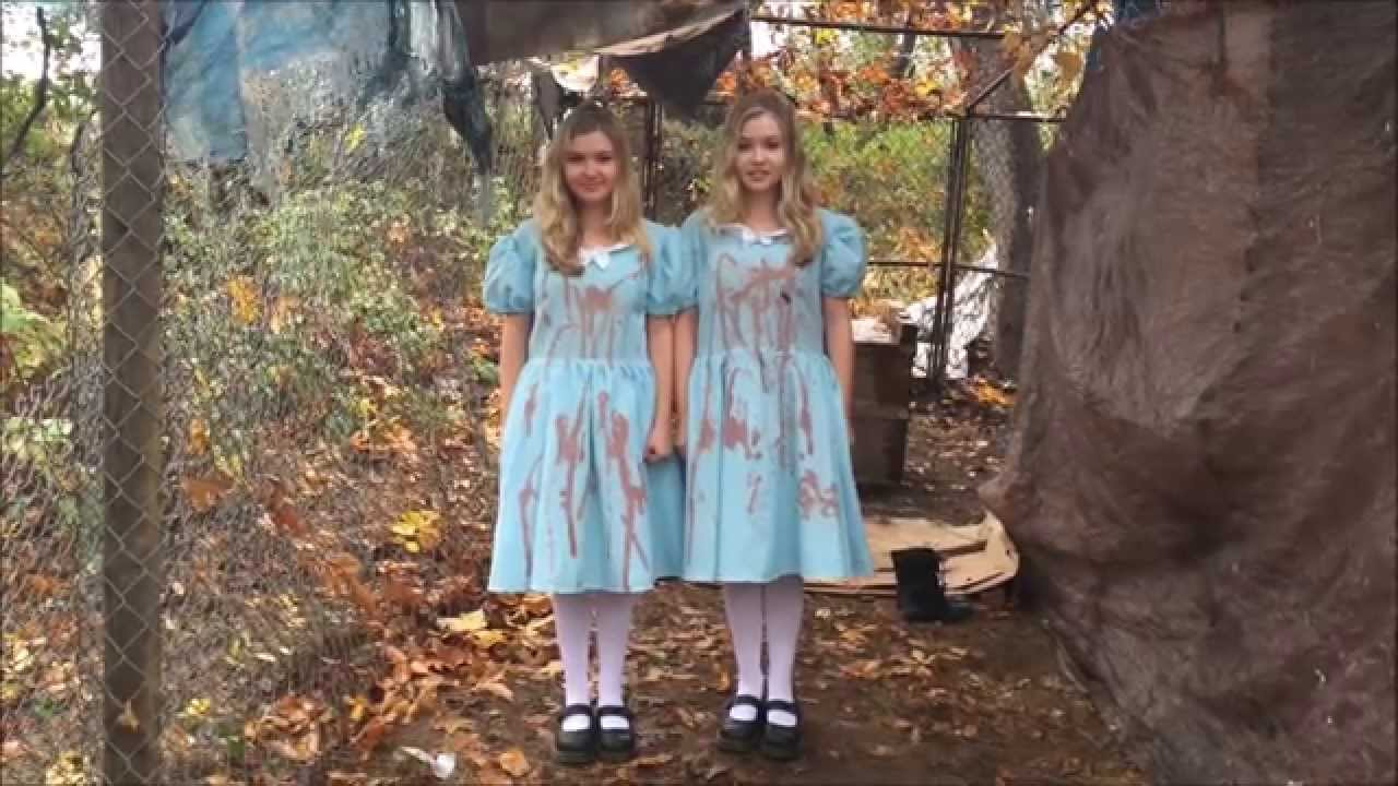 the shining twins on halloween youtube - The Shining Halloween