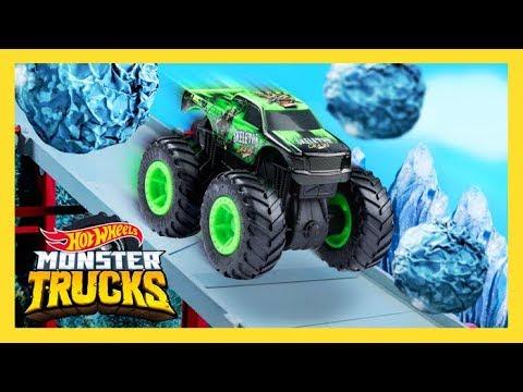 THE ULTIMATE MONSTER TRUCKS DOWNHILL RACE   Monster Trucks Island   Hot Wheels