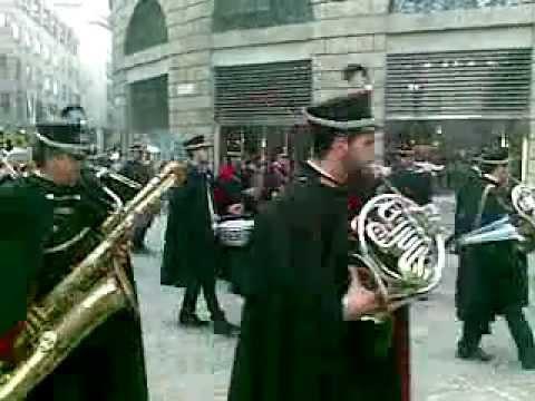 Banda musicale città di Conversano - esibizione fuori BIT centro di Milano