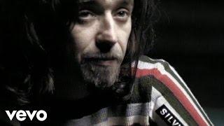 Смотреть клип Daniele Silvestri - A Me Ricordi Il Mare