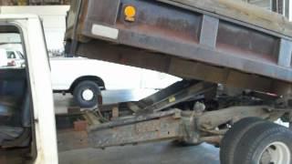 GovDeals: 1990 Ford F450 Dump Truck