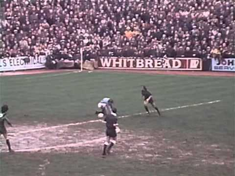 [73/74] Plymouth v Manchester City, League Cup Semi-Final