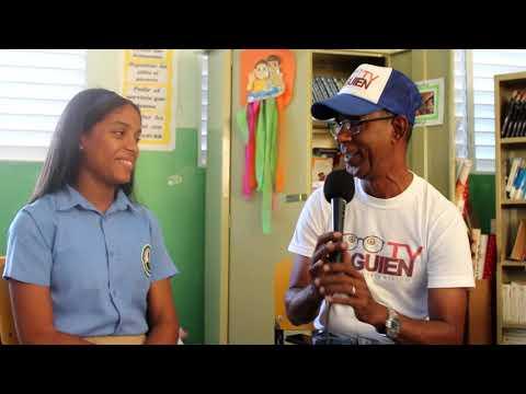 Anmy Lorena La escritora más Joven de Barahona la Perla del Sur