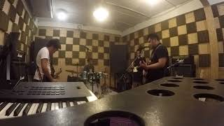 Video King of leon - Sex on fire / Cover by Dod drop band download MP3, 3GP, MP4, WEBM, AVI, FLV Mei 2018