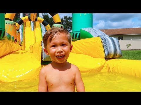Jacksons Three Year Old Birthday Party (HUGE Waterslide)