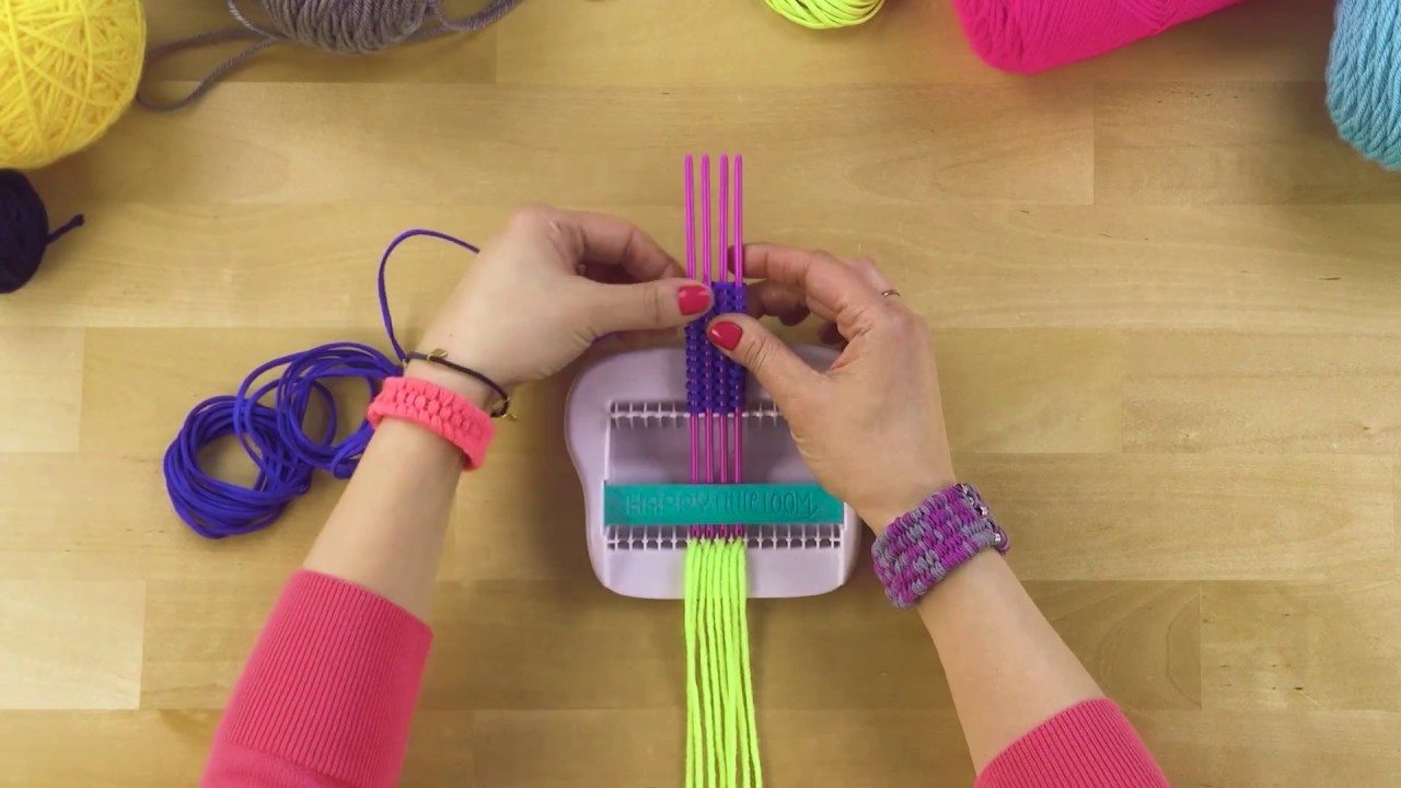 ALEX DIY Happy Little Loom Different Materials - YouTube