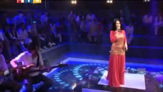 Afghan girl sing Titanic-go on (Arezo Nikbin)
