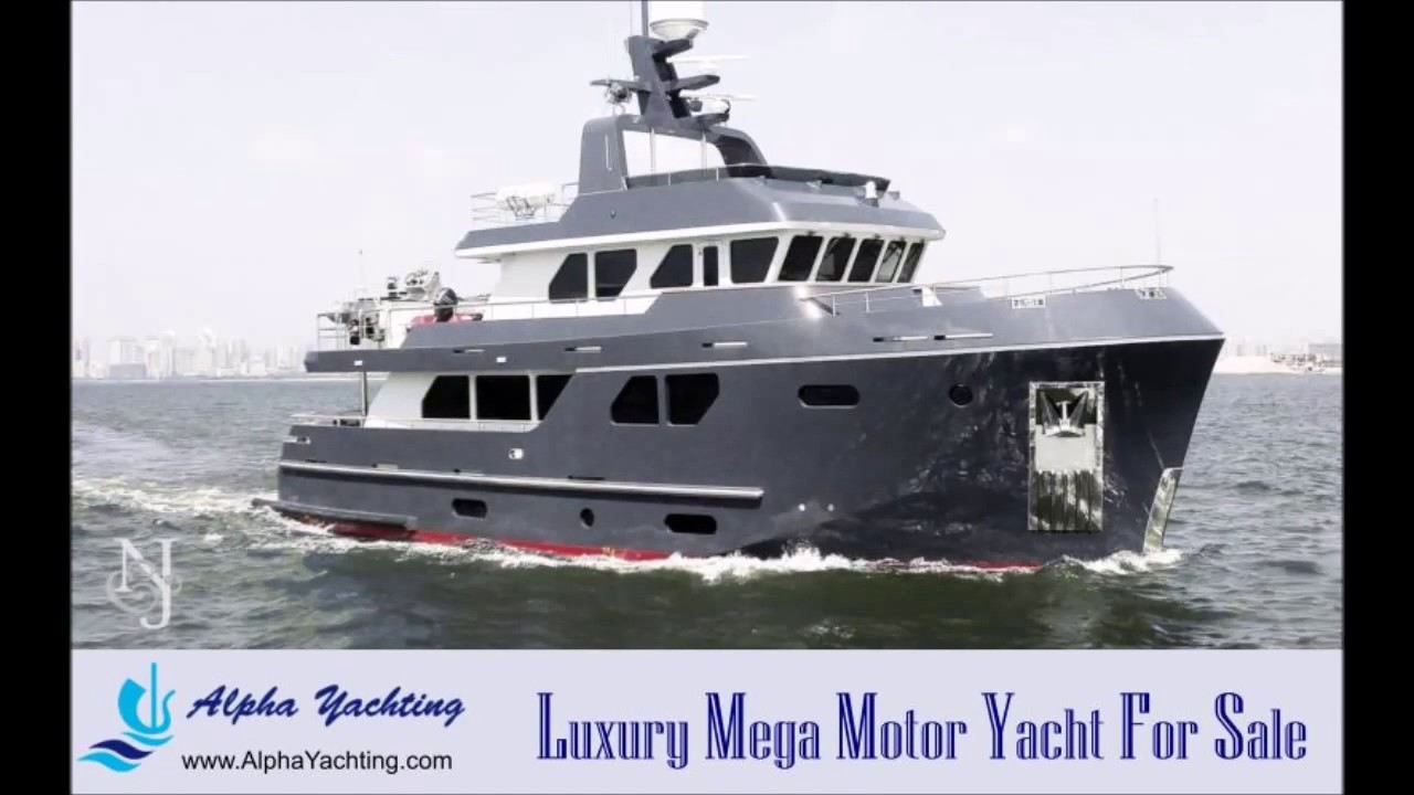 luxury motor yachts for sale a bering 80 luxury motor
