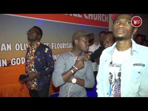 Yvone Fabian Akiimba Live wimbo Nipo Tayari katika usiku wa Nipo tayari