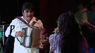 Celso Piña feat. Natalia LaFourcade - Mira Mira (En Vivo)