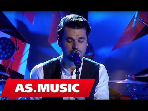 """Alban Skenderaj - Vetem ty - """"Tingujt E Ditarit Tim"""" ( Live Acoustic )"""