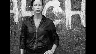 Mathilde Falch - Stikkende Savn