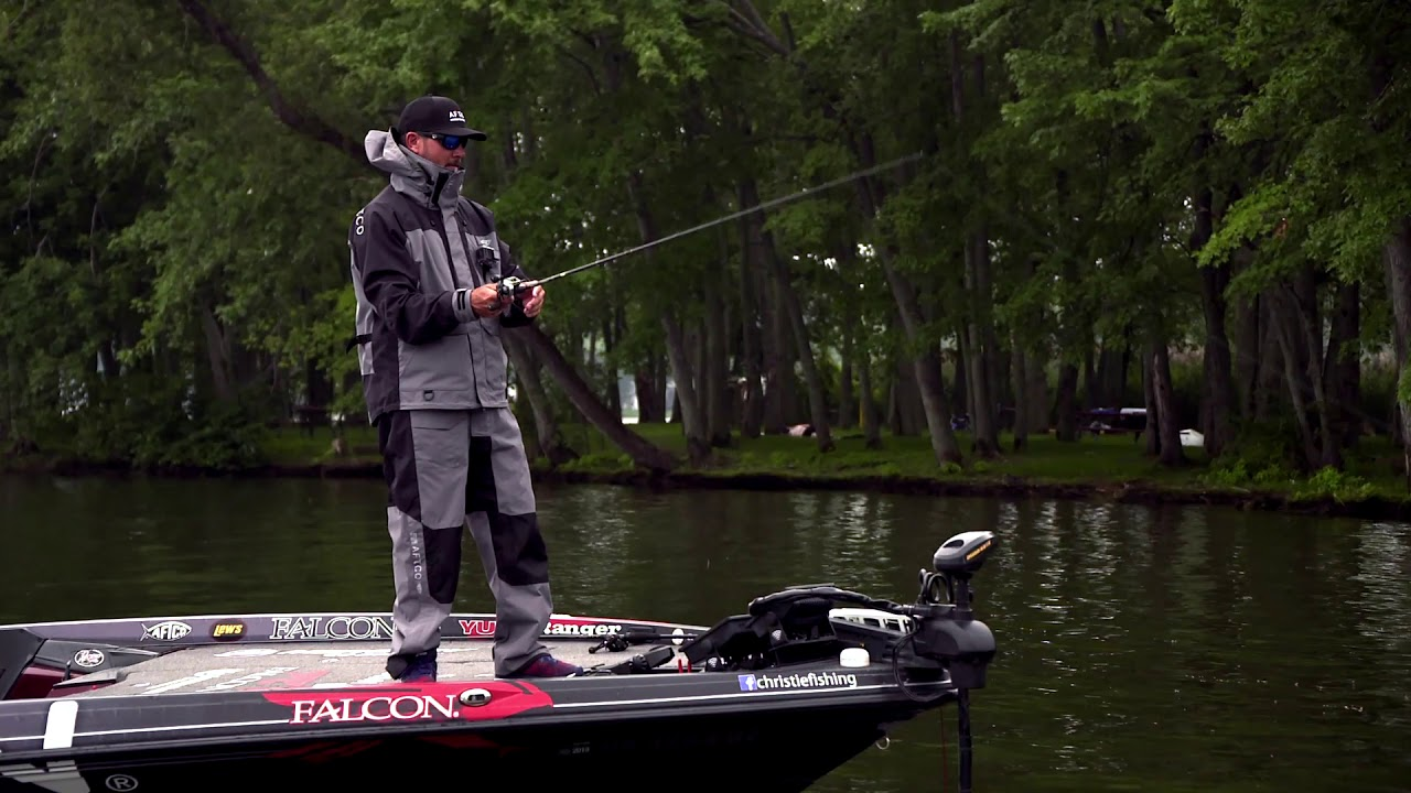 Jason Christie and Jeff Kriet Pick a Boat Dock That has Bass